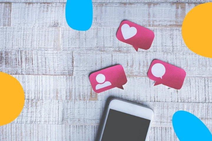 smartphone interactions réseaux sociaux